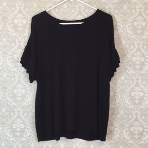 {Jasmine & Ginger}Size L Knit Top w/Ruffle Sleeves